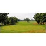 instalação de grama em campo de golf
