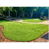 instalação de grama em jardim
